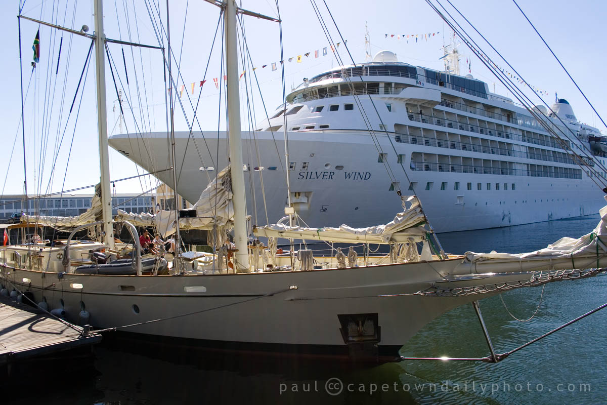 Yacht and cruise liner