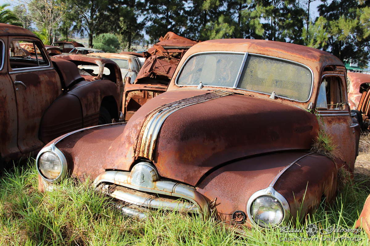 rusted old cars at the wijnland auto museum cape town daily photo. Black Bedroom Furniture Sets. Home Design Ideas