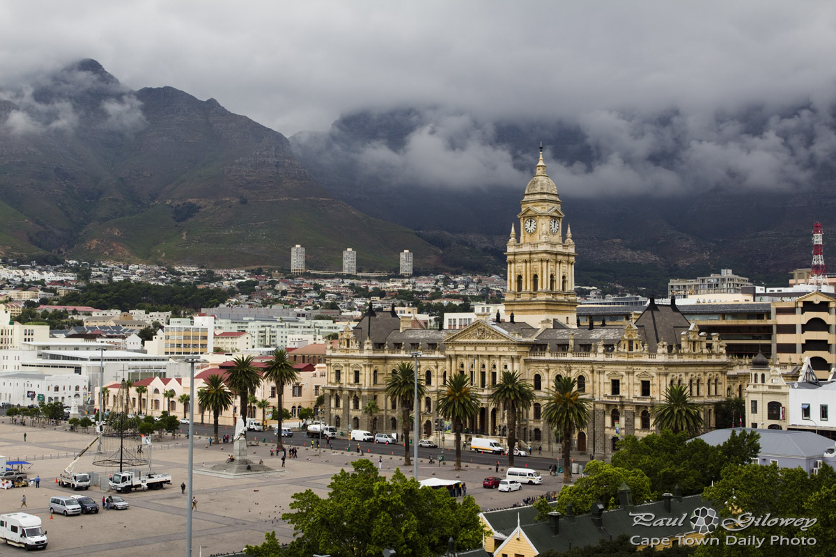 A Cape Town City Hall vantage point