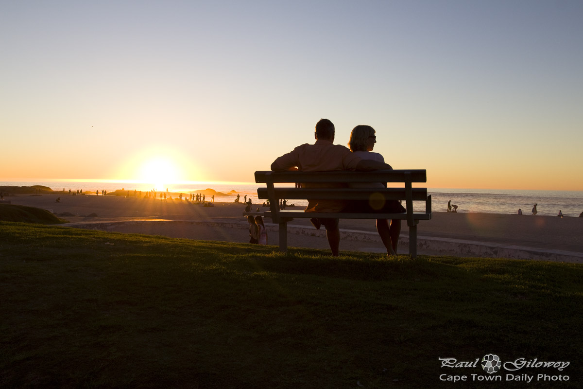 sunset mature personals Senior singles know seniorpeoplemeetcom is the premier online dating destination for senior dating browse mature and single senior women and senior men for free, and find your soul mate today.
