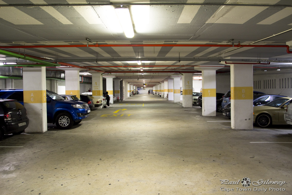 Car Town Garage Design: Cape Town Daily Photo