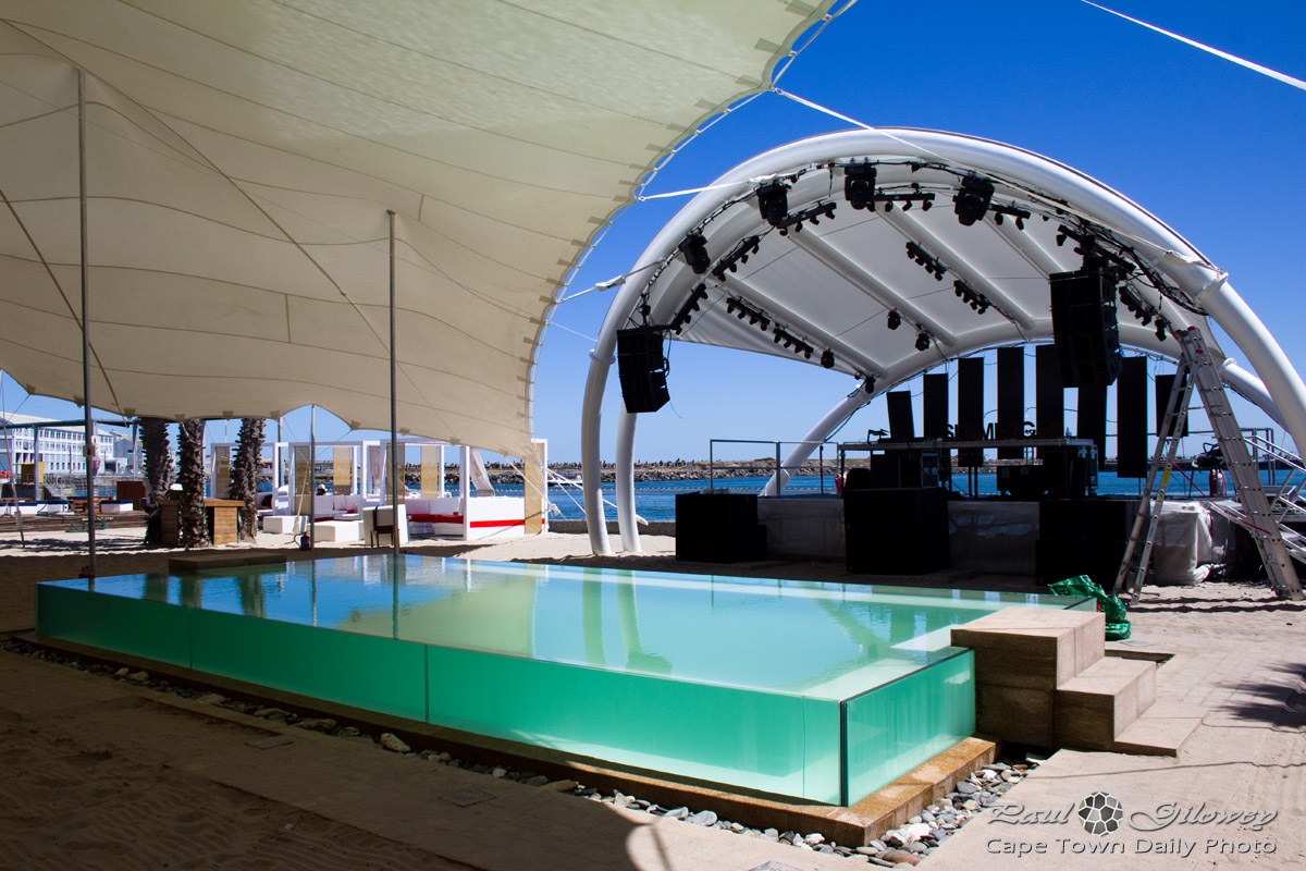 A chill pool and stage